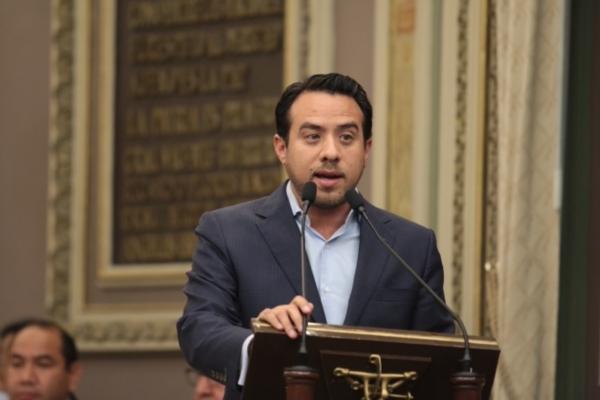 Analizarán en comisiones exhorto revocación de mandato de presidenta municipal de Puebla