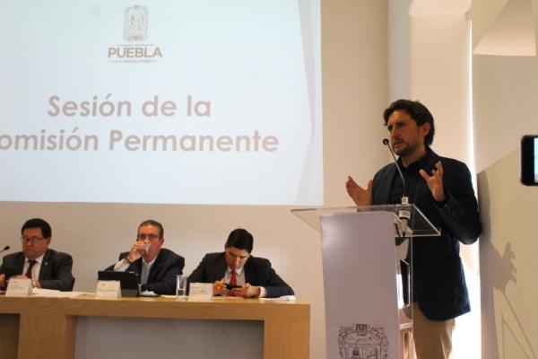 Presenta José Juan Espinosa iniciativa para que la Junta Auxiliar de San Francisco Totimehuacan se convierta en el Municipio 218